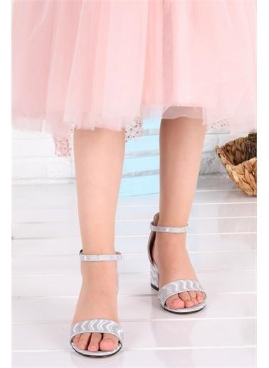 Kiko Kids  041 Elmnt Dalgalı Kız Çocuk 3 Cm Topuk Sandalet Ayakkabı Gümüş